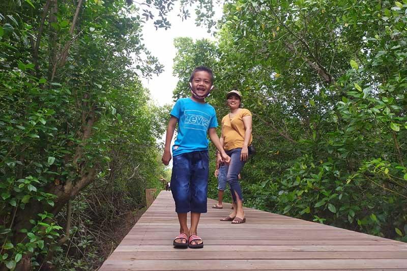 Serunya liburan di Ekowisata Mangrove Perancak Bali
