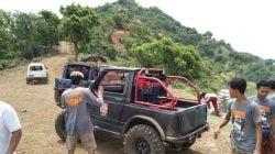 "Tim Offroad Bali IOF ""Ngayah"" di Pura Puncak Bukit Gumang Karangasem"