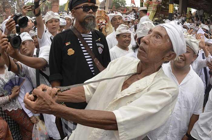 Tradisi Ngerebong, Warisan Budaya Asli Denpasar yang diakui Dunia