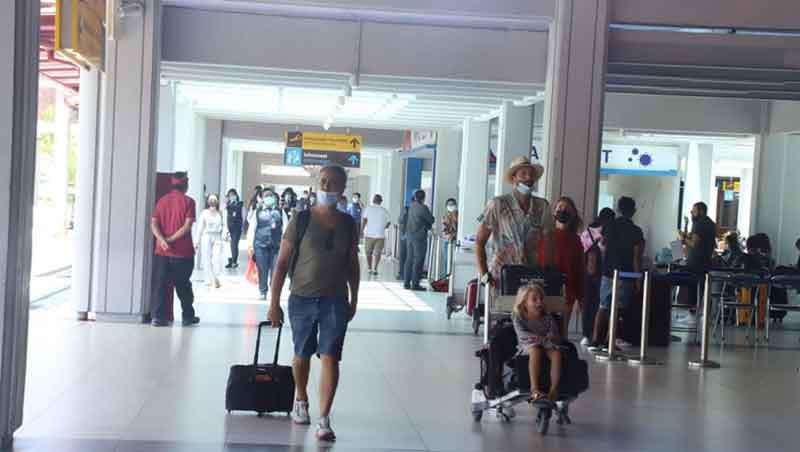 Jelang Pariwisata Bali Buka Penerbangan Internasional Belum Pasti