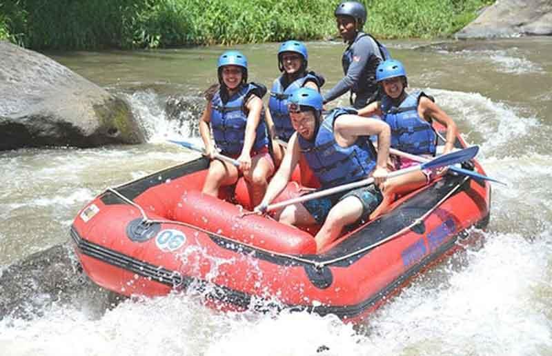 Serunya Wisata Ayung Rafting Ubud Bali bersama Ayung Dewata