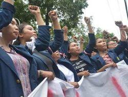 Aliansi BEM se-Bali Gelar Aksi Protes Kebijakan Pemerintah Tangani Pandemi