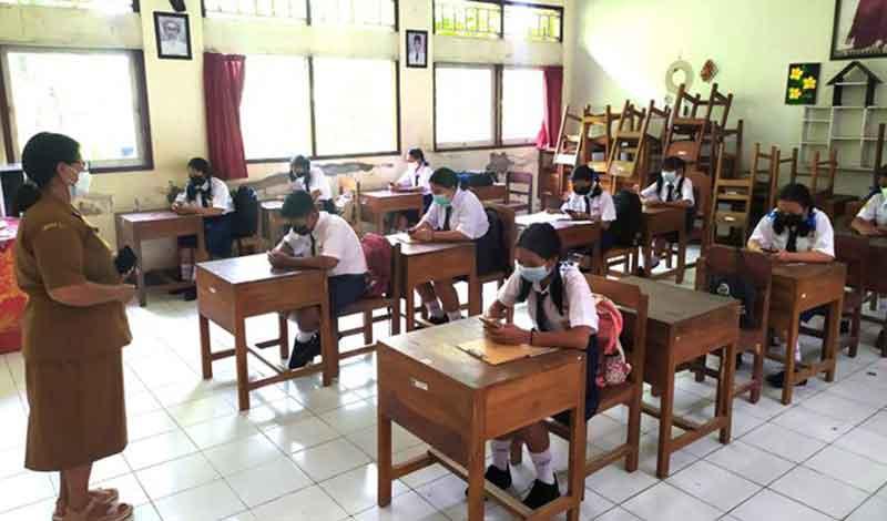Aturan PTM di Denpasar - Pemerintah kota denpasar melalui disdikpora melangsungkan sosialisasi Pembelajaran Tatap Muka ( PTM ) terbatas.