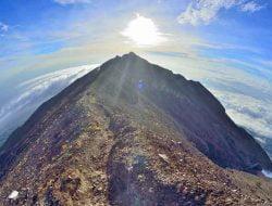 Pendakian Gunung Agung Sudah di Buka, Ini Aturan dan Larangannya