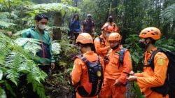 Kelelahan Naik Gunung Agung, Pendaki asal Jakarta dievakuasi